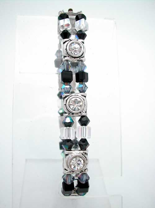 Crystal Bracelet: Looks Like Diamonds