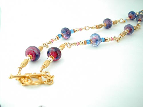 Necklace strand without focal